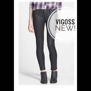 Skinny black pants new! Size 28 (5/6) Vigoss